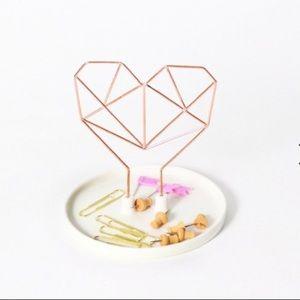 IMM Coxet Wire Heart Ceramic Jewelry Holder